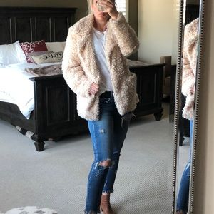 Teddy bear coat in cream H&M small